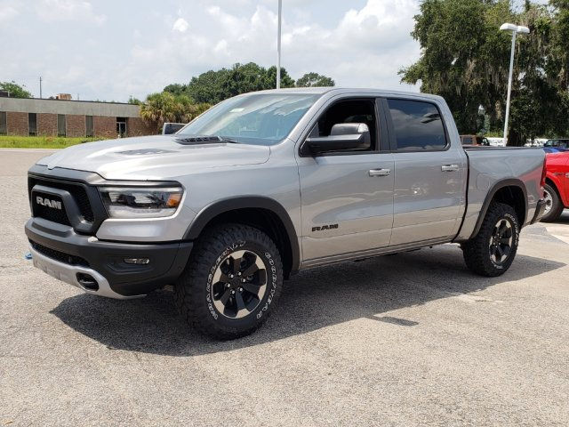 2019 Ram 1500 Crew Cab 4x4,  Pickup #R629016 - photo 1