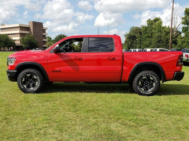 2019 Ram 1500 Crew Cab 4x4,  Pickup #R629021 - photo 4