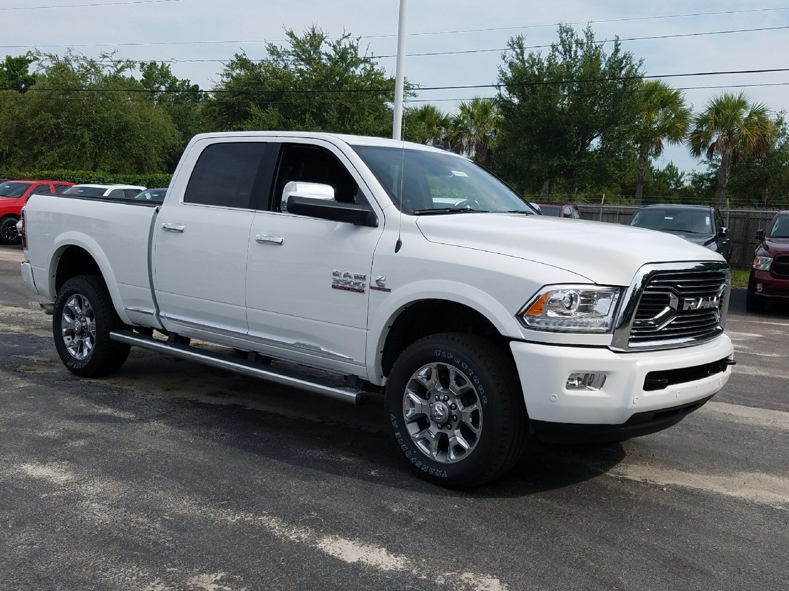 2017 Ram 3500 Crew Cab 4x4 Pickup #R723870 - photo 1