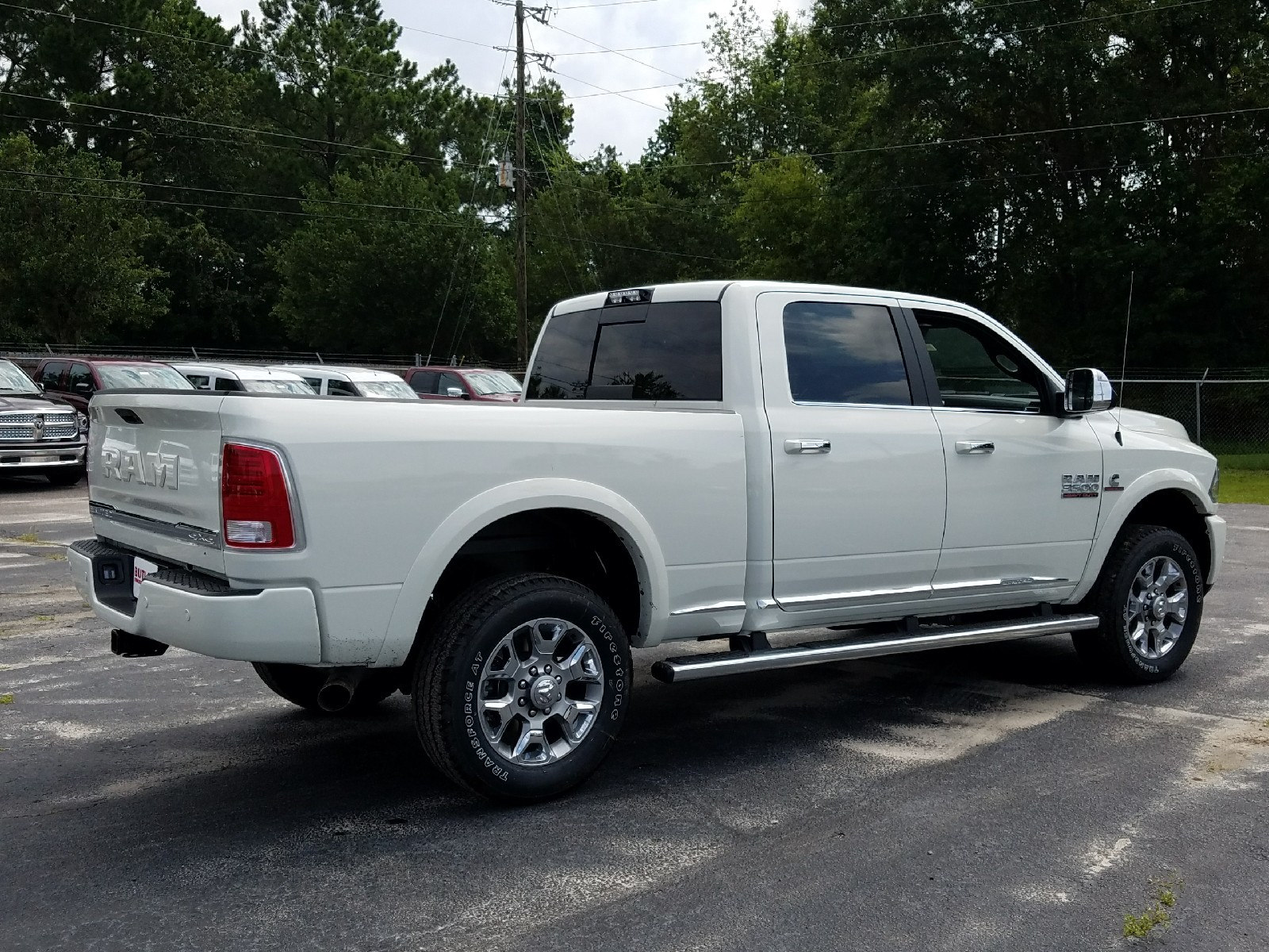 2017 Ram 3500 Crew Cab 4x4 Pickup #R723872 - photo 2