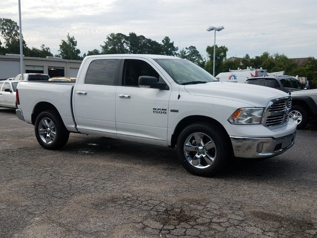 2017 Ram 1500 Crew Cab 4x4,  Pickup #R761938 - photo 3