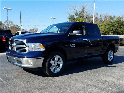2017 Ram 1500 Crew Cab 4x4 Pickup #R878314 - photo 1