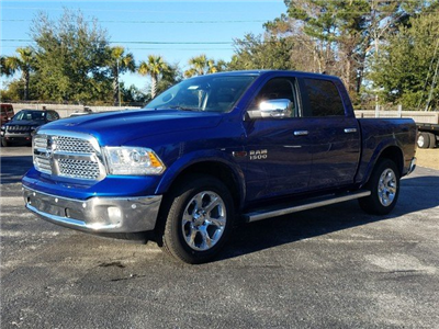 2017 Ram 1500 Crew Cab 4x4, Pickup #R882076 - photo 1