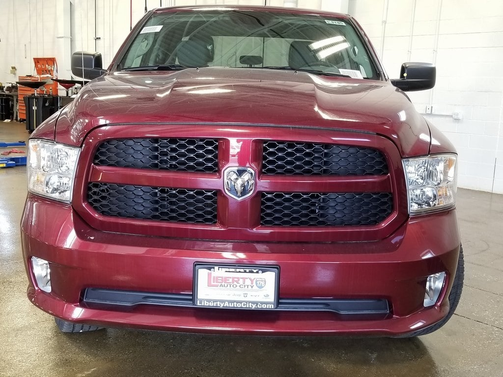 2018 Ram 1500 Quad Cab 4x4,  Pickup #618185 - photo 3