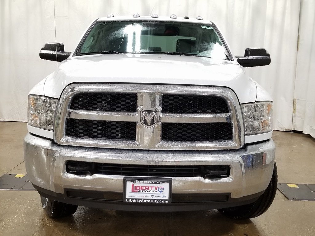 2018 Ram 2500 Crew Cab 4x4,  Pickup #618352 - photo 3