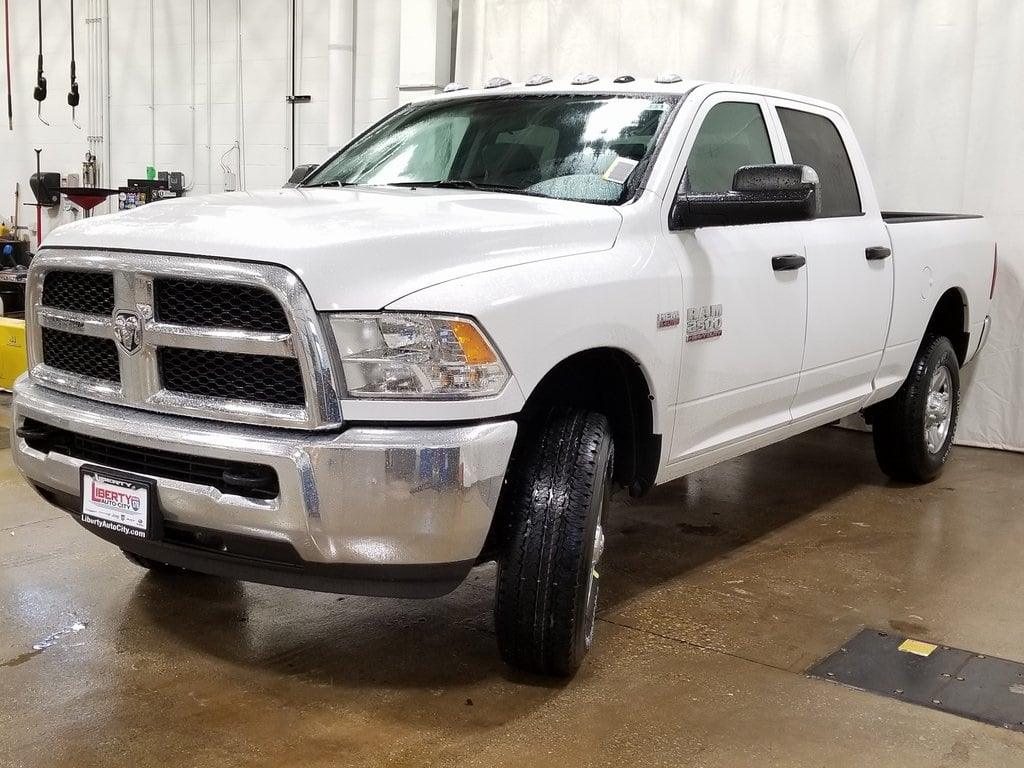 2018 Ram 2500 Crew Cab 4x4,  Pickup #618352 - photo 4
