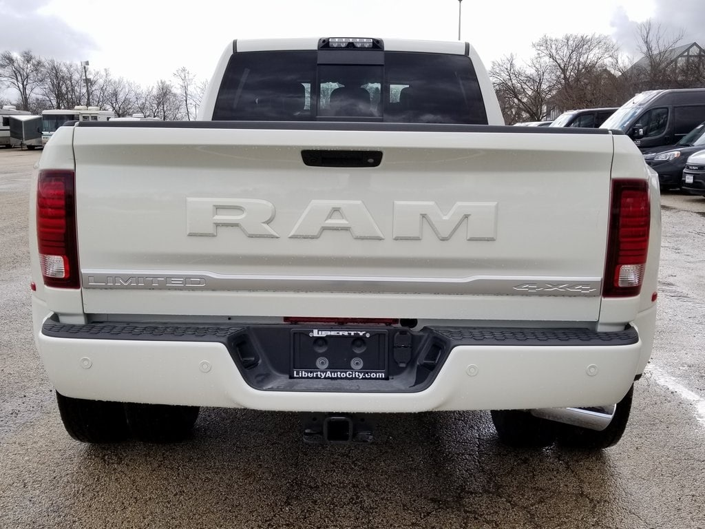 2018 Ram 3500 Mega Cab DRW 4x4,  Pickup #618356 - photo 7