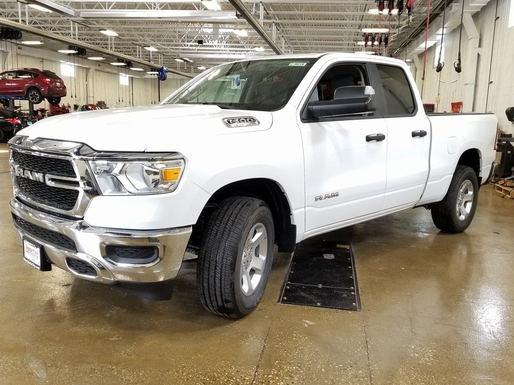 2019 Ram 1500 Quad Cab 4x4,  Pickup #619017 - photo 4