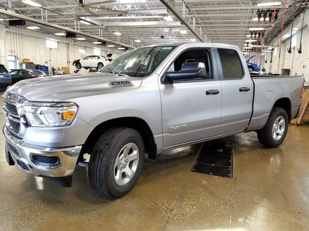 2019 Ram 1500 Quad Cab 4x4,  Pickup #619023 - photo 4