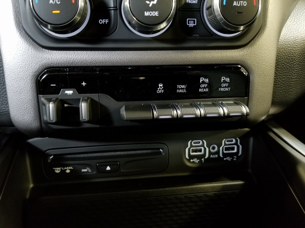 2019 Ram 1500 Crew Cab 4x4,  Pickup #619038 - photo 22
