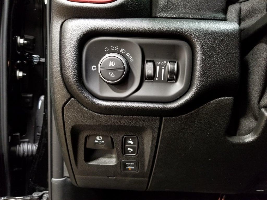 2019 Ram 1500 Crew Cab 4x4,  Pickup #619065 - photo 18
