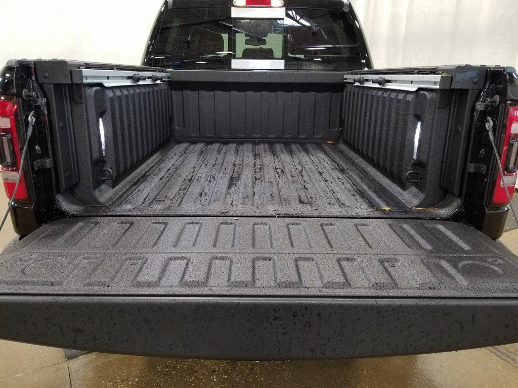 2019 Ram 1500 Crew Cab 4x4,  Pickup #619065 - photo 8