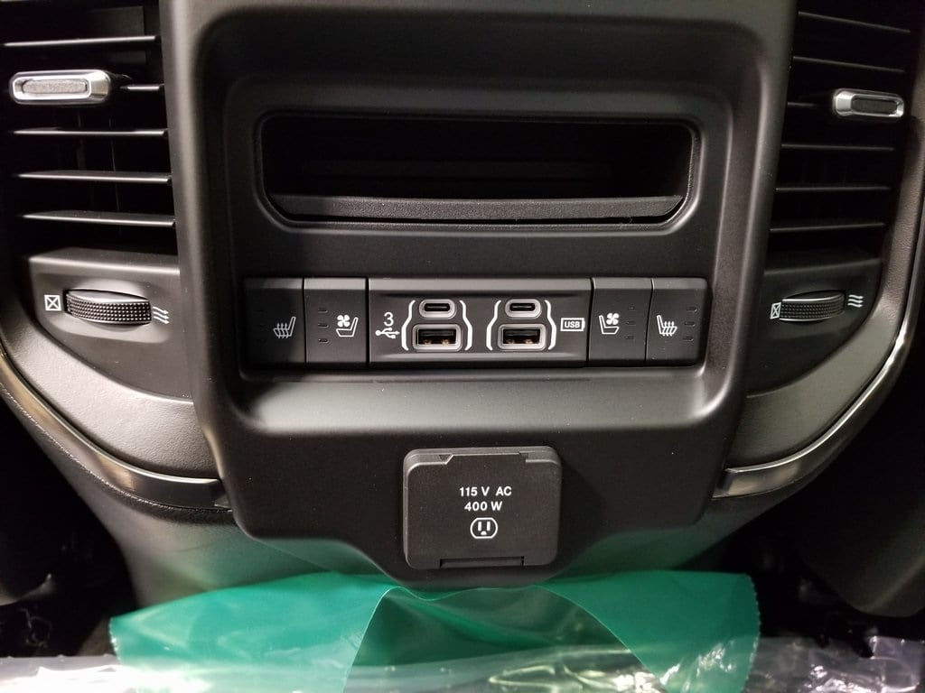 2019 Ram 1500 Crew Cab 4x4,  Pickup #619121 - photo 15