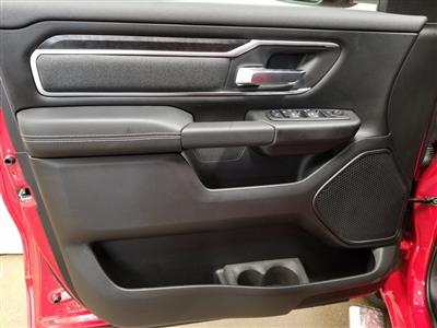 2019 Ram 1500 Crew Cab 4x4, Pickup #619125 - photo 13
