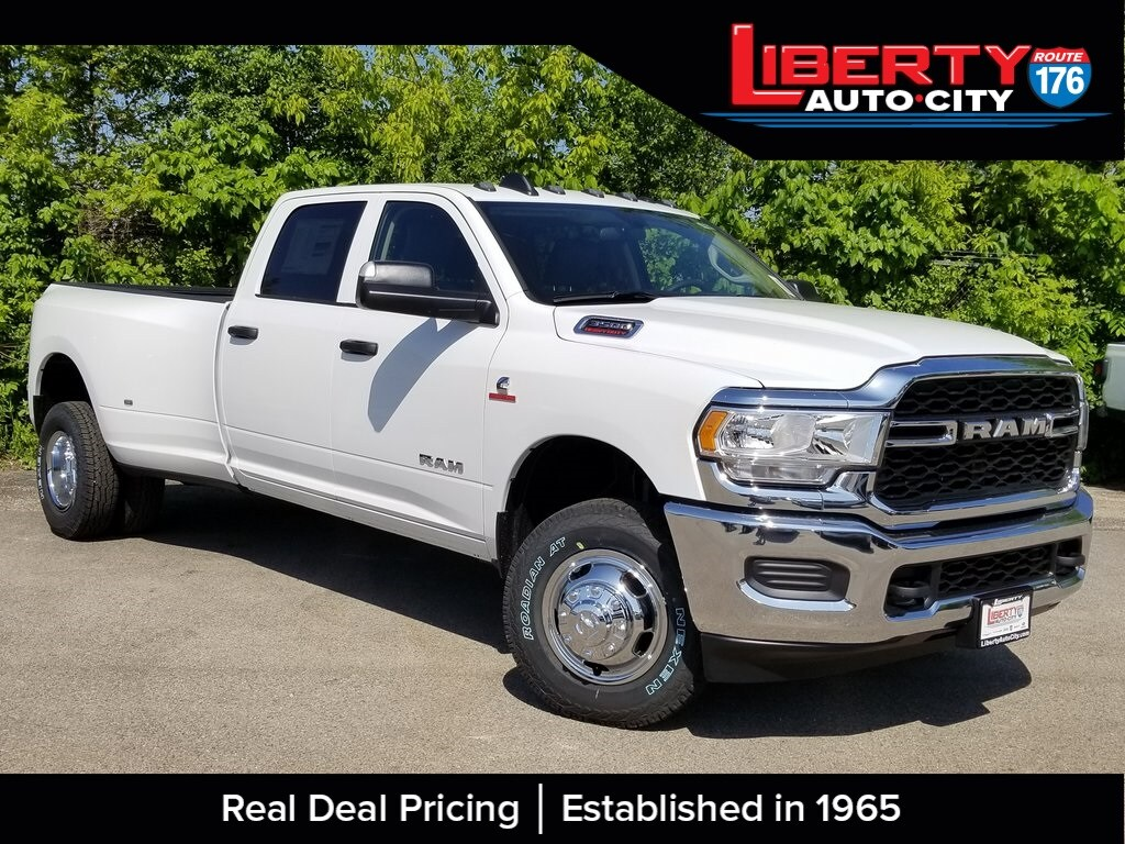 2019 Ram 3500 Crew Cab DRW 4x4,  Pickup #619154 - photo 1