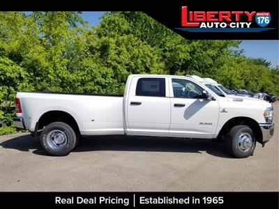 2019 Ram 3500 Crew Cab DRW 4x4,  Pickup #619154 - photo 5