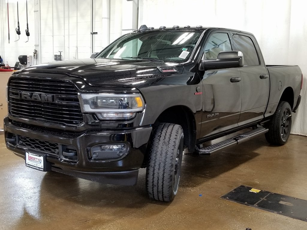 2019 Ram 2500 Crew Cab 4x4,  Pickup #619158 - photo 4