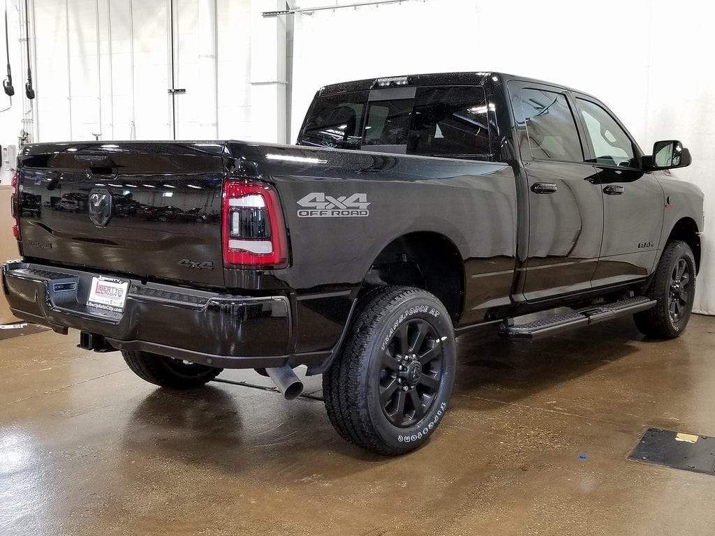 2019 Ram 2500 Crew Cab 4x4,  Pickup #619158 - photo 2