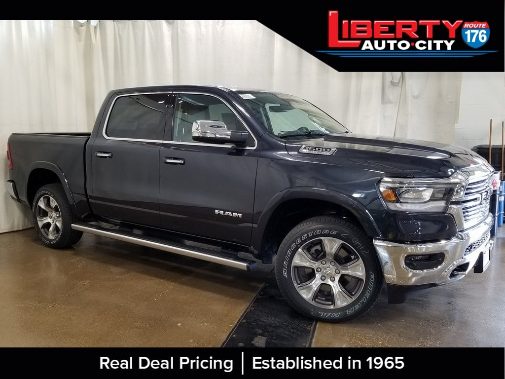 2019 Ram 1500 Crew Cab 4x4,  Pickup #619161 - photo 5