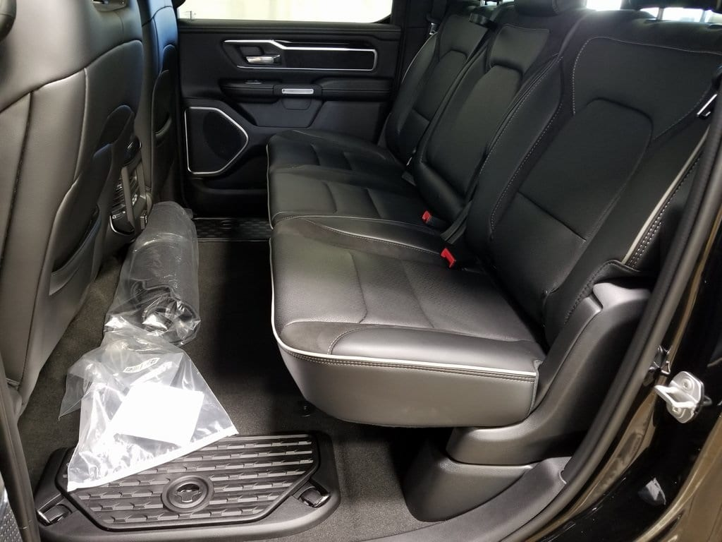 2019 Ram 1500 Crew Cab 4x4,  Pickup #619169 - photo 10