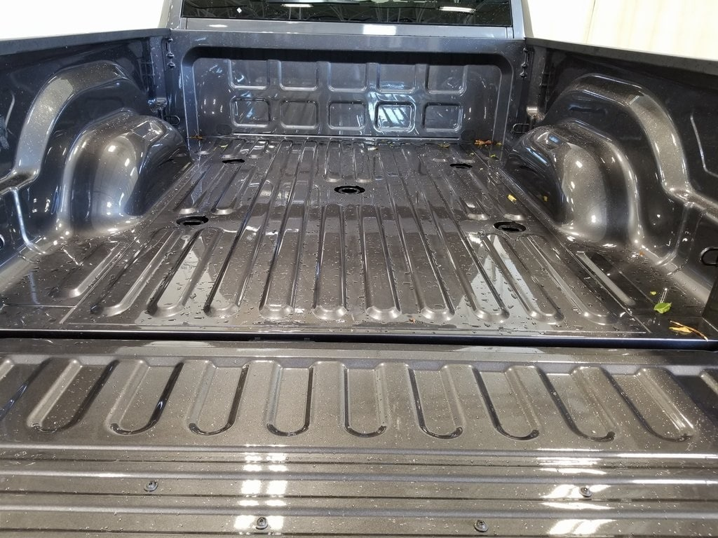 2019 Ram 2500 Crew Cab 4x4, Pickup #619200 - photo 9