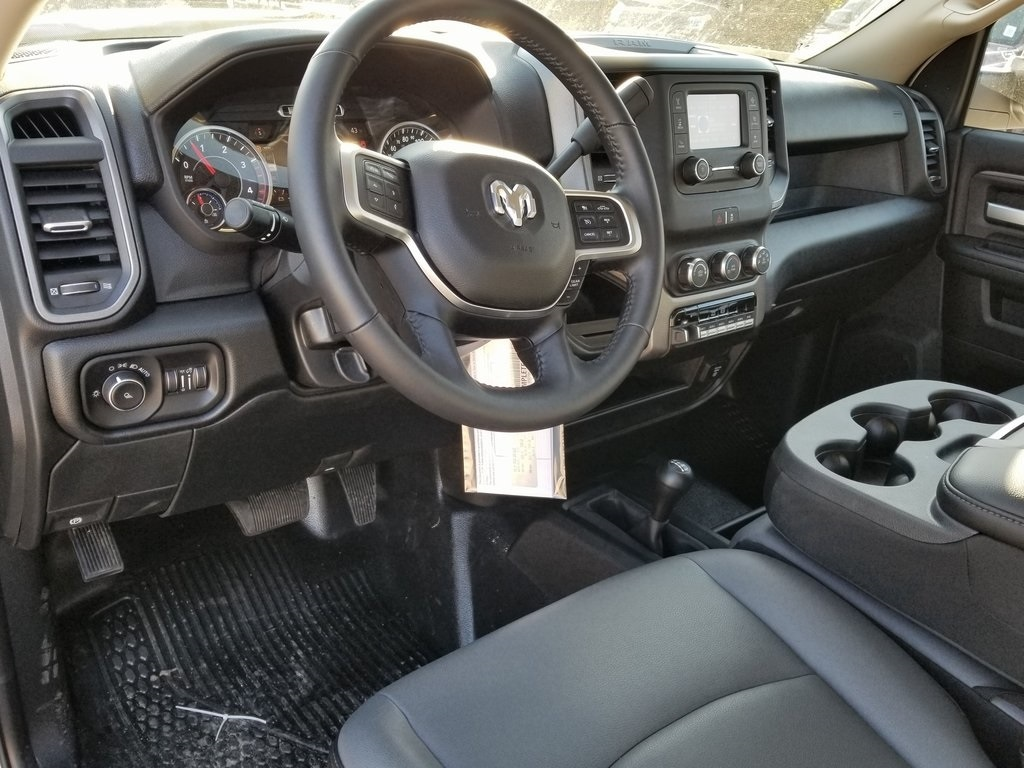 2019 Ram 5500 Regular Cab DRW 4x4, Knapheide Platform Body #619229 - photo 5