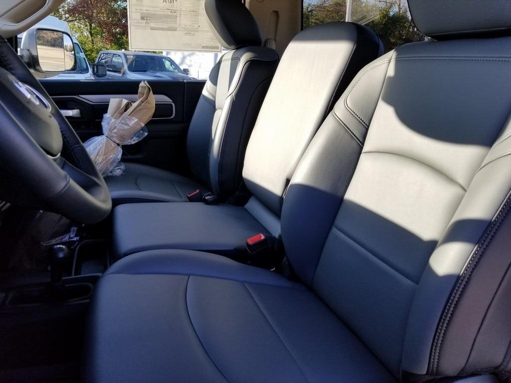 2019 Ram 5500 Regular Cab DRW 4x4, Cab Chassis #619256 - photo 14