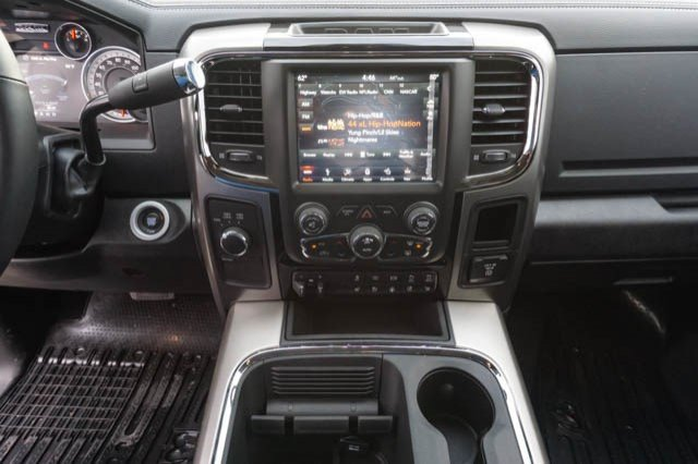 2018 Ram 3500 Crew Cab DRW 4x4,  Pickup #C81025 - photo 9