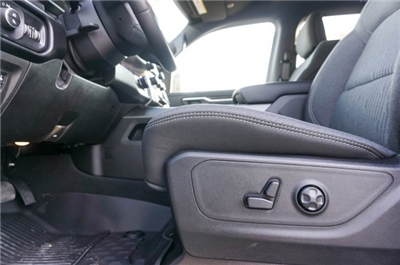 2019 Ram 1500 Crew Cab 4x2,  Pickup #C90062 - photo 13