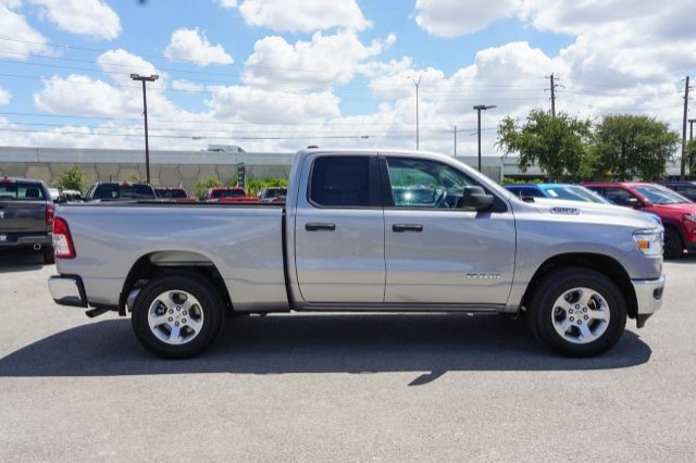 2019 Ram 1500 Quad Cab 4x4,  Pickup #C90135 - photo 6