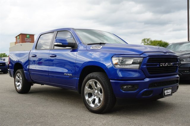 2019 Ram 1500 Crew Cab 4x2,  Pickup #C90165 - photo 4