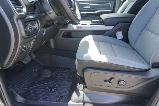 2019 Ram 1500 Crew Cab 4x2,  Pickup #C90181 - photo 16