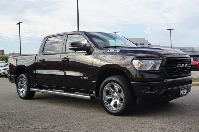 2019 Ram 1500 Crew Cab 4x2,  Pickup #C90211 - photo 4