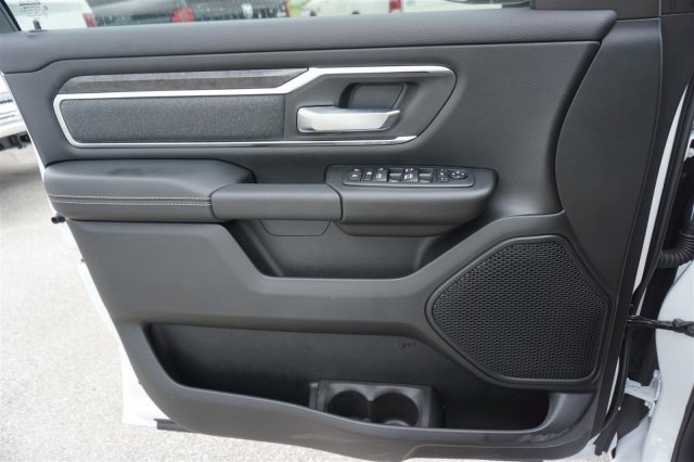 2019 Ram 1500 Crew Cab 4x2,  Pickup #C90212 - photo 15
