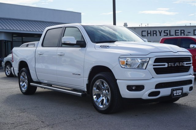 2019 Ram 1500 Crew Cab 4x2,  Pickup #C90214 - photo 4