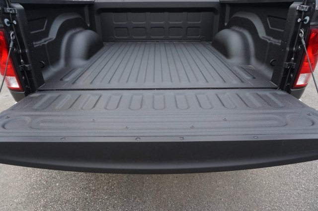 2019 Ram 1500 Crew Cab 4x2,  Pickup #C90367 - photo 15