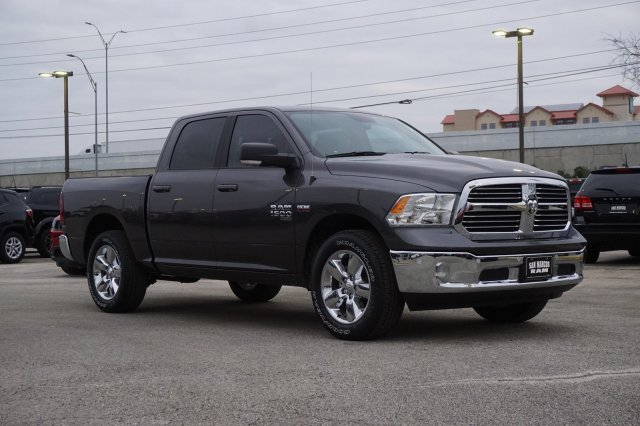 2019 Ram 1500 Crew Cab 4x2,  Pickup #C90367 - photo 4
