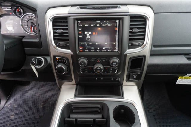 2019 Ram 1500 Crew Cab 4x2,  Pickup #C90397 - photo 9