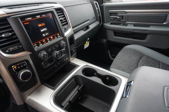 2019 Ram 1500 Crew Cab 4x2,  Pickup #C90408 - photo 10