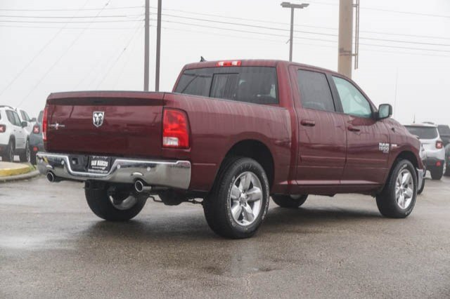 2019 Ram 1500 Crew Cab 4x2,  Pickup #C90408 - photo 5