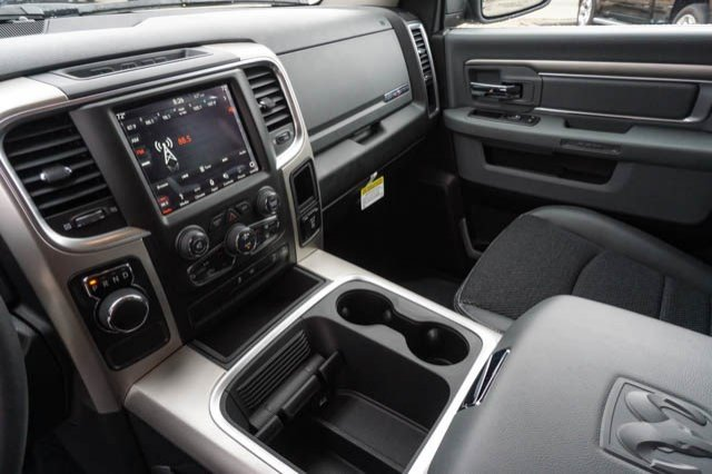 2019 Ram 1500 Crew Cab 4x2,  Pickup #C90422 - photo 10