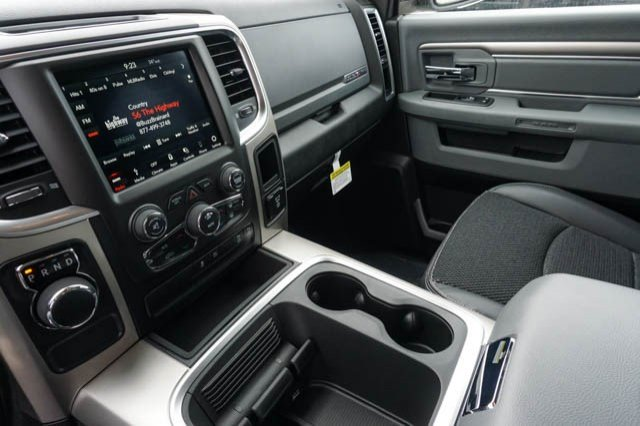 2019 Ram 1500 Crew Cab 4x2,  Pickup #C90434 - photo 10