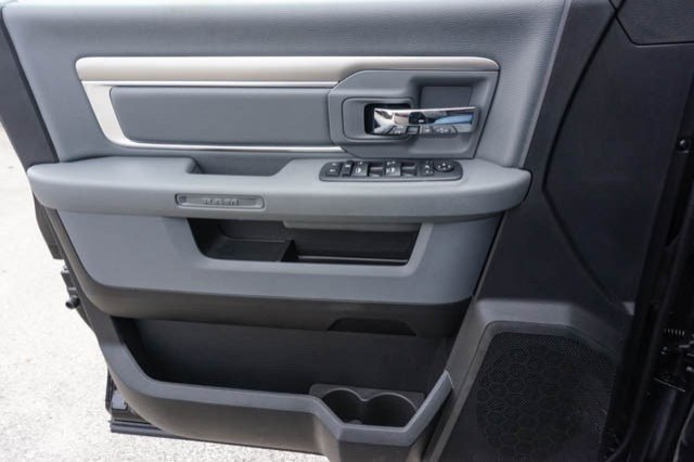 2019 Ram 1500 Crew Cab 4x2,  Pickup #C90434 - photo 11