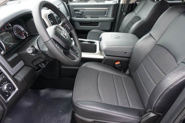 2019 Ram 1500 Crew Cab 4x2,  Pickup #C90434 - photo 7