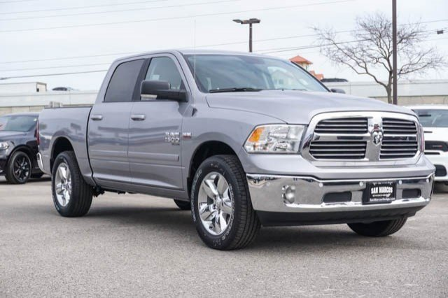 2019 Ram 1500 Crew Cab 4x2,  Pickup #C90436 - photo 4