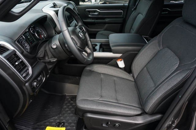2019 Ram 1500 Crew Cab 4x2,  Pickup #C90497 - photo 7