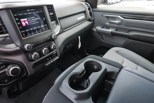 2019 Ram 1500 Crew Cab 4x2,  Pickup #C90634 - photo 11