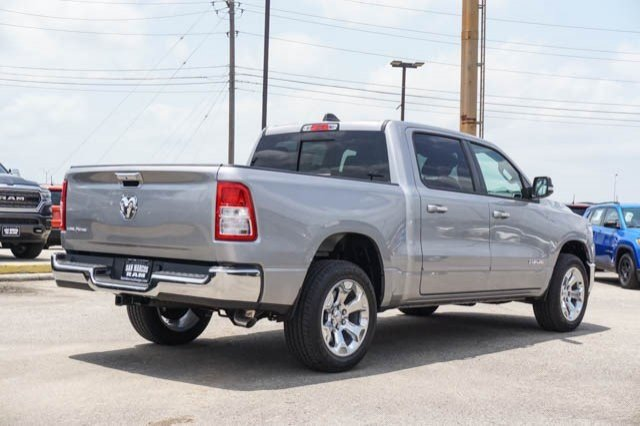 2019 Ram 1500 Crew Cab 4x2,  Pickup #C90634 - photo 5