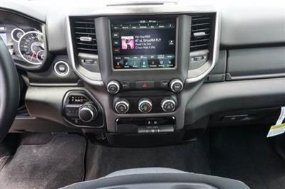 2019 Ram 1500 Crew Cab 4x2,  Pickup #C90634 - photo 10