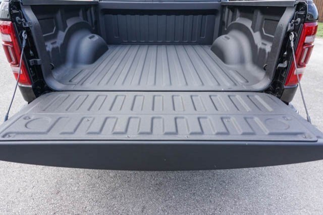 2019 Ram 1500 Crew Cab 4x2,  Pickup #C90635 - photo 17